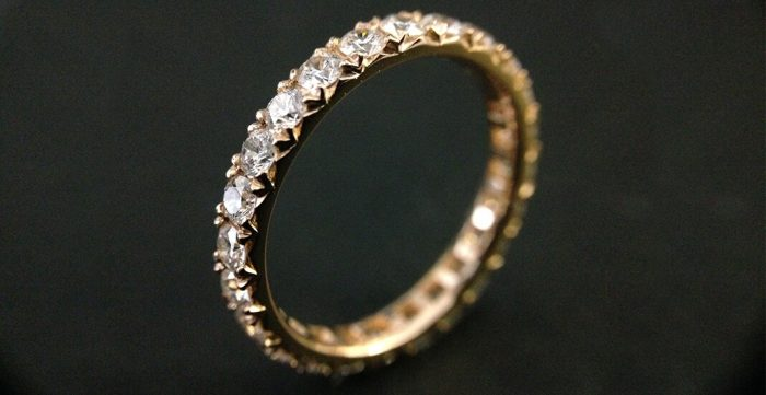 rose gold fishtail eternity ring