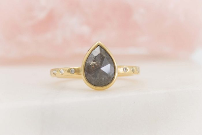 pear-engagement-ring